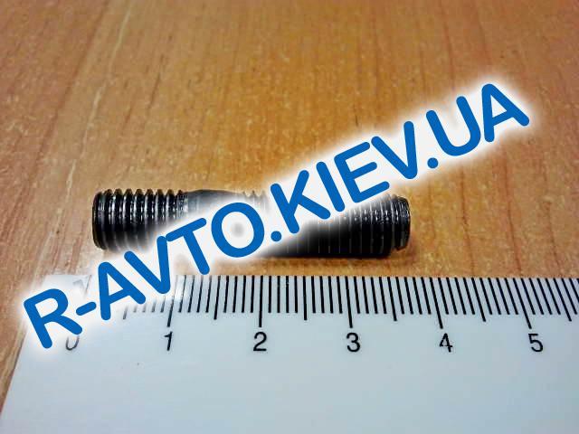 Шпилька М 8х 25 приемной трубы ВАЗ 2101-08 (20 шт. в уп-ке), Белебей (черная)