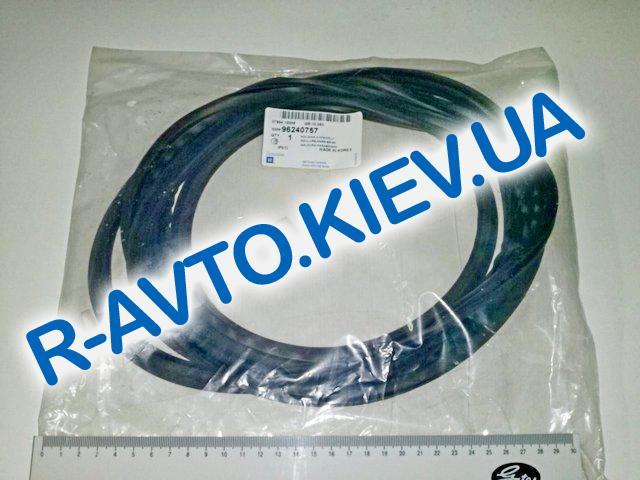 Уплотнитель лобового стекла Lanos, Корея (96240757)