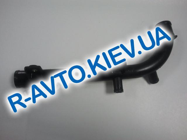 Патрубок помпы пластиковый  (саксафон) Lanos 1.5, 1,6 Nubira Nexia Корея (96180035)