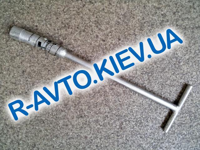 Ключ Т-обр. с карданом 16 мм свечной