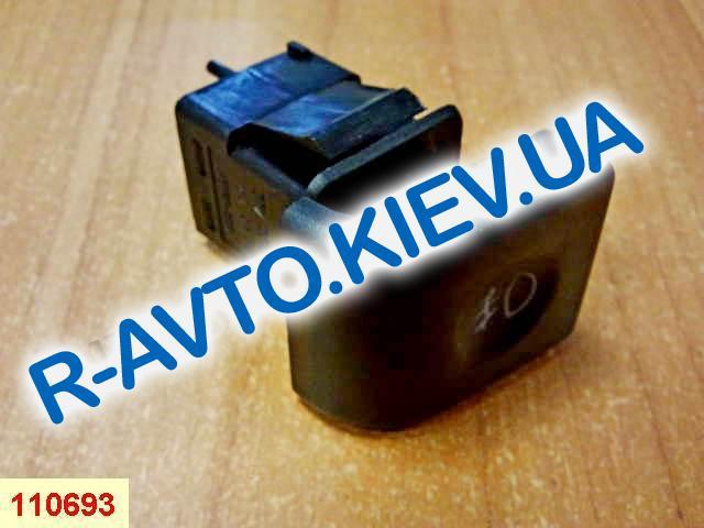 Включатель-кнопка противотуман. фар перед. ВАЗ 2110, Псков (377.3710-04.01)