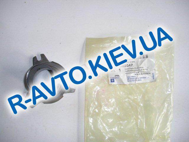 Втулка направляющая выж. подшипника,  Корея (94580547) Lanos Nexia Aveo Nubira Espero Tacuma Leganza