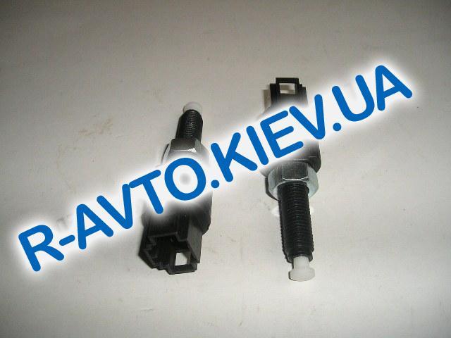 Выключатель педали тормоза ВАЗ 2123, Псков (21.372002)