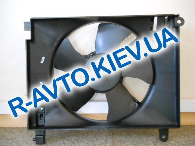Диффузор радиатора Aveo  с мотором Корея 96536522 без конд