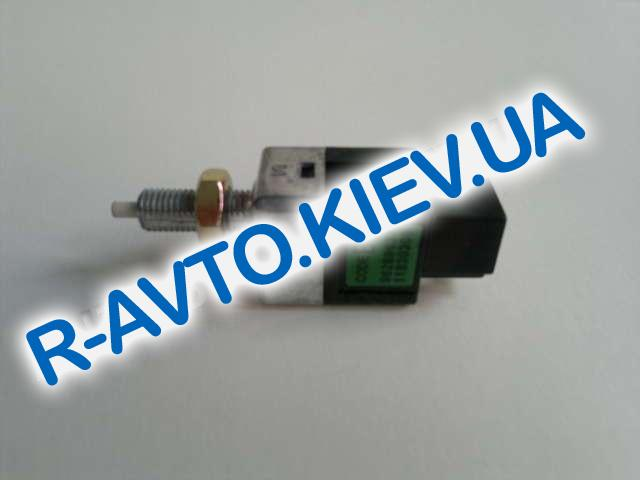 Датчик включения тормоза (педали) Aveo, Корея (96289637) 2-контакта