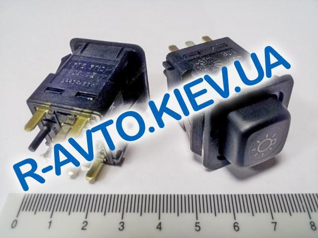 Включатель-кнопка света ВАЗ 2108 низ. панель, Таврия, Псков (375.3710-05.05)