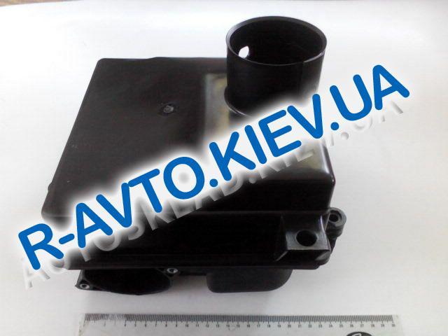 Корпус воздушного фильтра ВАЗ 2110-12 инж., без фильтра (2-е части)