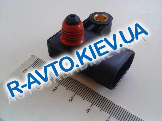 Датчик абсолютного давления (всасывания) Lacetti 1.6 Nexia Корея (21584080)
