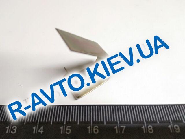 Пластина демпферная задних тормозных колодок Таврия, АвтоЗАЗ