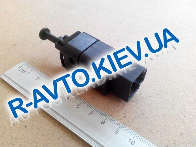 Датчик включения тормоза (педали) Aveo|Lacetti, Корея (96874570) 2-контакта