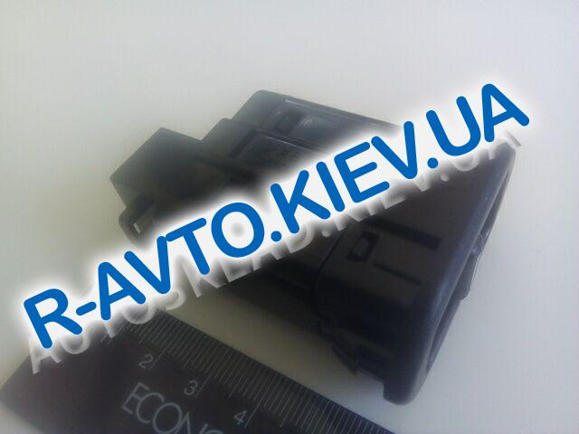 Кнопка электростеклоподъемника Nexia, APK (96179135)