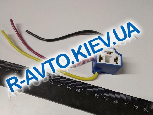 Фишка (разъем проводки) фары H4  керамика|угловой